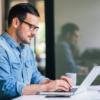 Как стать востребованным бизнес-аналитиком, не выходя из дома: хорошие онлайн-школы и дистанционные курсы
