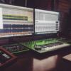 Как стать DJ с нуля: 15 курсов диджеинга от хороших онлайн-школ