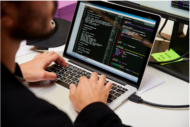 Где пройти обучение на специалиста Java, чтобы через 4 месяца зарабатывать 100 тысяч рублей?